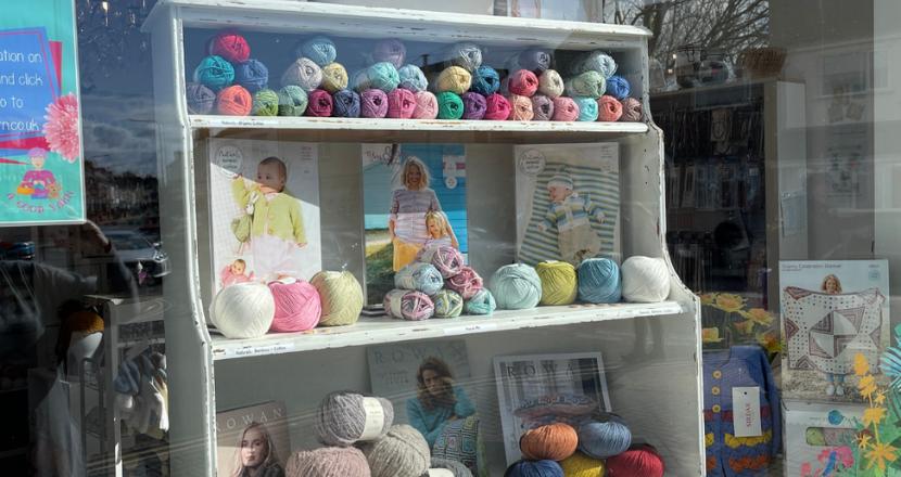 A Good Yarn shop window