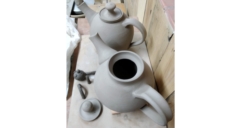 pottery crafted tea pots